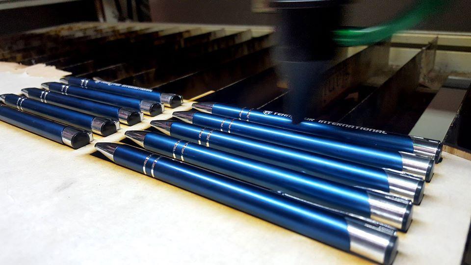 inscriptionari pixuri gravura laser pix uv printat personalizat ieftin constanta